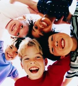 %D0%B4%D0%B5%D1%82%D0%B8 %D1%81%D0%BC%D0%B5%D1%8E%D1%82%D1%81%D1%8F1 272x300 Должны смеяться дети